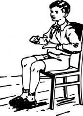 Sedeči fant